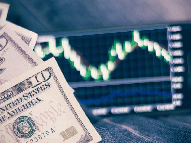 Có nên đầu tư Forex?