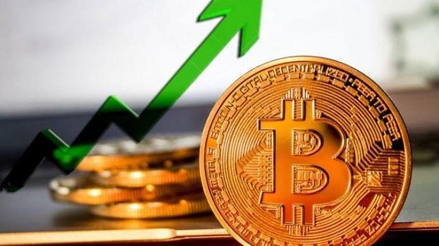 Đầu năm 2021, đồng Bitcoin liên tiếp tăng mạnh