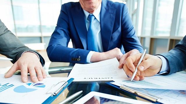 Investor thường lựa chọn đầu tư theo hướng dài hạn