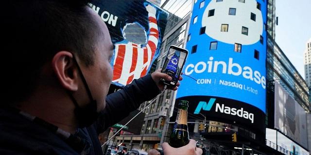 Sàn Coinbase thành lập từ năm 2012, cung cấp dịch vụ tại hơn 100 quốc gia