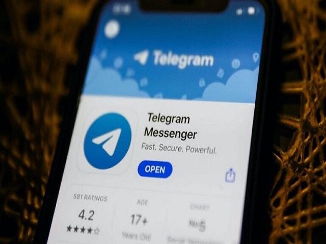 Telegram cho phép bạn đặt bộ hẹn giờ tự hủy để xóa chúng vĩnh viễn.Telegram cho phép bạn đặt bộ hẹn giờ tự hủy để xóa chúng vĩnh viễn.