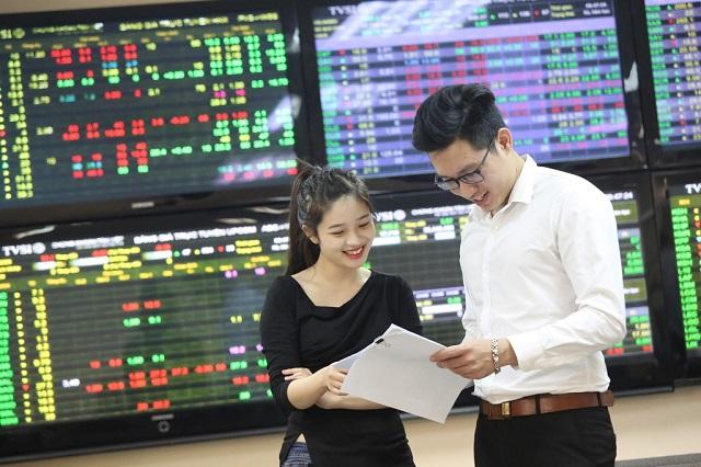 Thị trường chứng khoán nói chung luôn là mảnh đất đầy hứa hẹn dành cho giới đầu tư