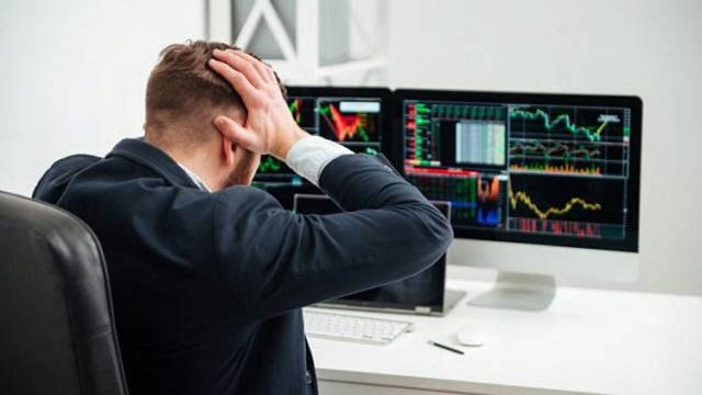 Trader phải đối mặt với nhiều hàng tá rủi ro trên thị trường giao dịch tài chính