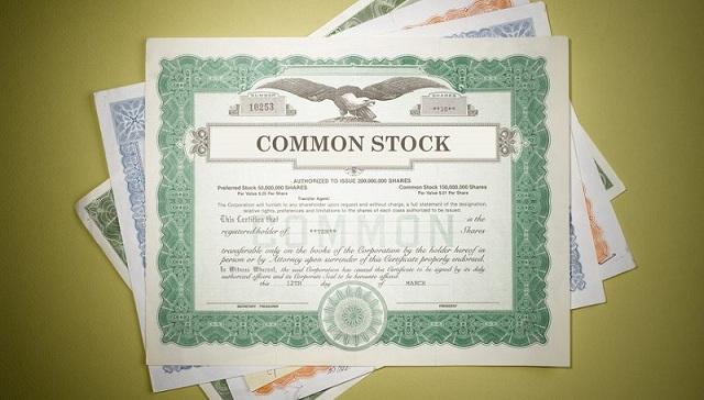 Cổ phiếu phổ thông là chứng chỉ thể hiện quyền sở hữu của các cổ đông của doanh nghiệp