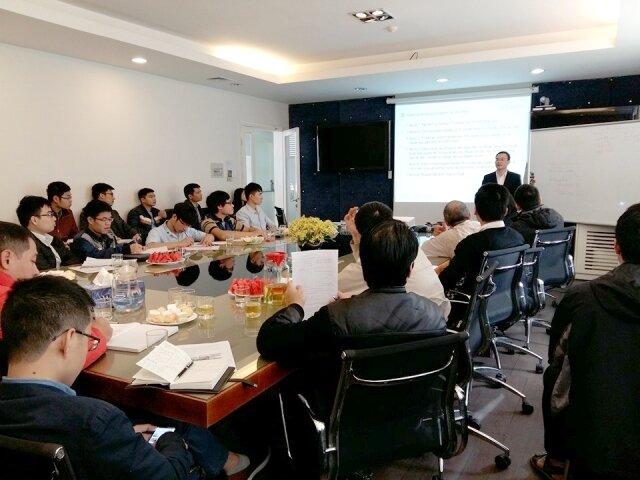 Lớp học chứng khoán tại Hà Nội của VNDIRECT