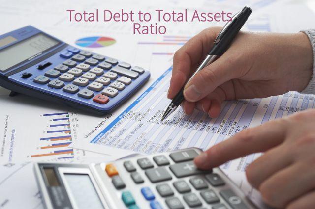 Tỷ số tổng nợ trên tổng tài sản là một trong những tỷ lệ đòn bẩy tài chính