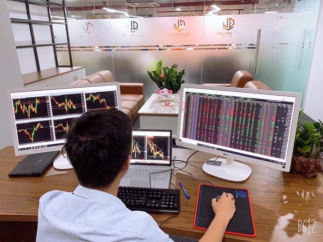Grand Capital là một trong số ít những sàn giao dịch đã có văn phòng đại diện chính thức tại Việt Nam