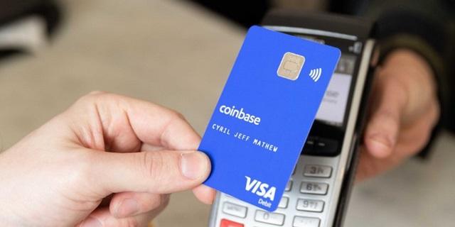 Thẻ coinbase cho phép người dùng thanh toán khi giao dịch trao đổi tiền điện tử và rút tiền ATM
