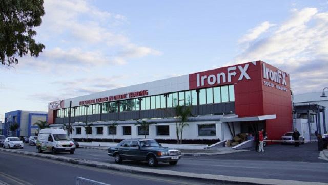 Năm 2013, IronFx từng được bình chọn là sàn môi giới ngoại hối tốt nhất châu u