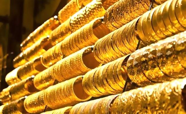 Vàng 610 là loại vàng có đặc điểm cứng, bóng và có màu sắc sáng đẹp hơn các loại vang thông thường